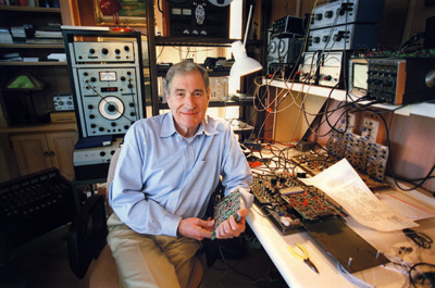 Ray_Dolby_at_work