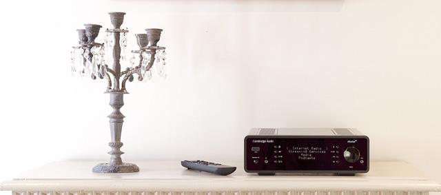 Minx Xi Black remote control and lamp