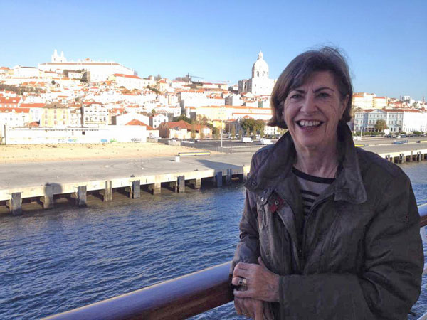 Caroline arriving in Lisbon on her birthday, December 2013