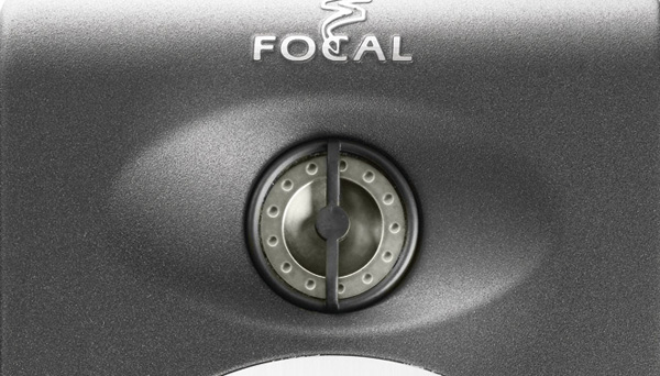 Focal's phase optimisation device in place on the tweeter