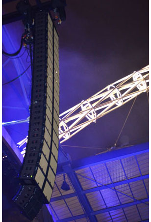 line array for Robbie Williams