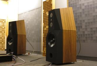 listeningroom-3-4-facweb