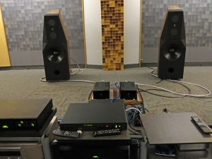listeningroom-straight-facweb